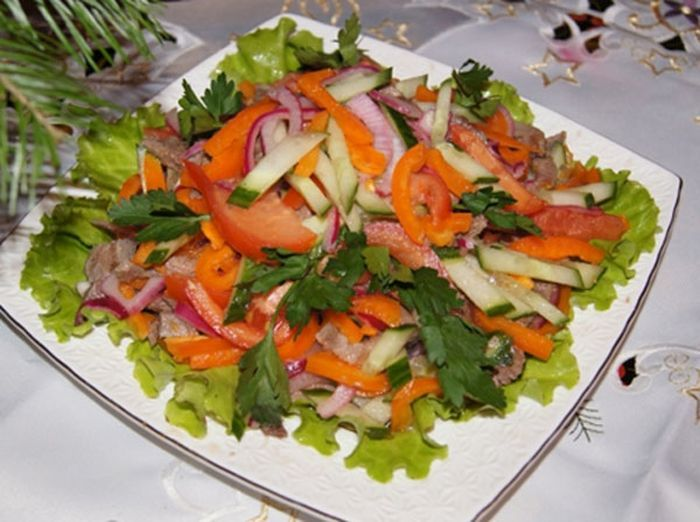 Салат с языком и свежими овощами рецепты