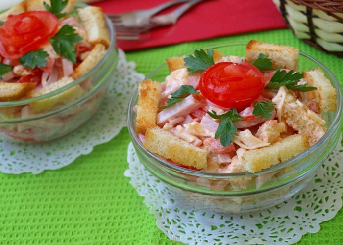 Рецепты салатов с ветчиной и помидорами с